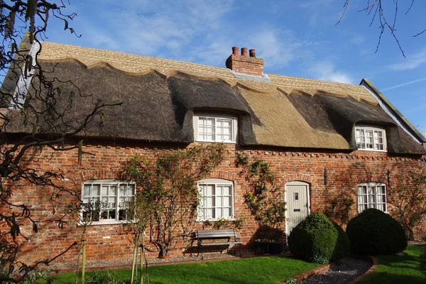 thatched-house1